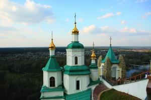 Вид на Николаевскую церковь со смотровой площадки