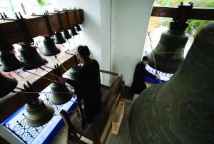 На колокольне Покровской церкви
