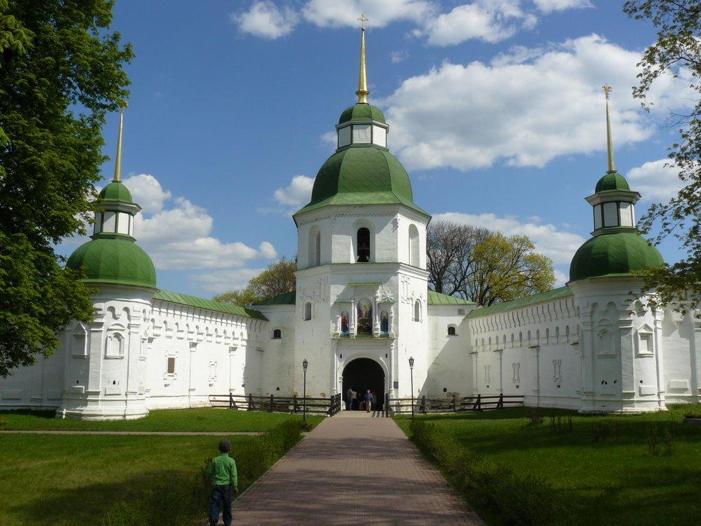 Спасо-Преображенский Новгород-Северский монастырь
