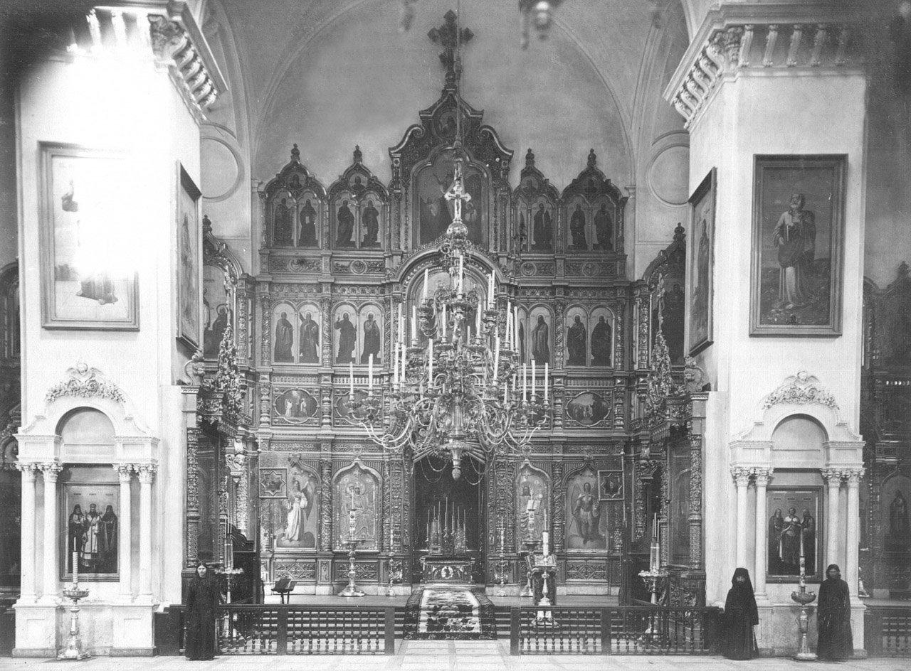 Иконостас Успенского собора. Фото к. XIX в.