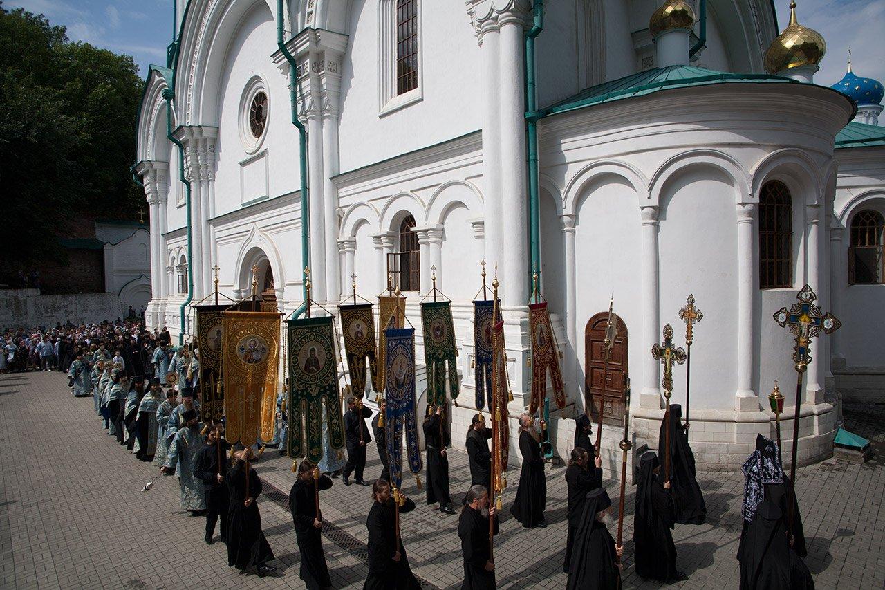 Крестный ход в Успеньев день