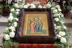 Икона свв. мучениц Веры, Надежды, Любви и матери их Софии