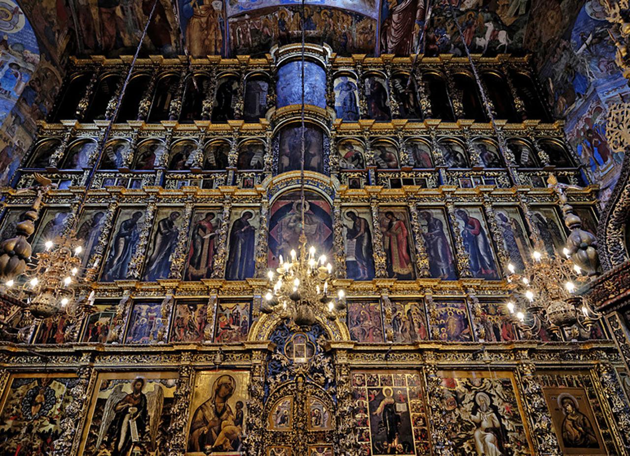 иконостас успенского собора владимира фото работает аналогичному