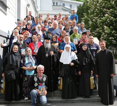 Святые Горы посетили паломники из Сербии