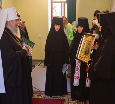 Приём митрополитом Арсением поздравлений в день своего 50-летия (видео)