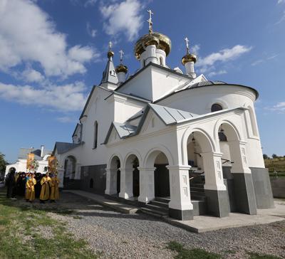 Состоялось открытие нового скита Свято-Успенской Святогорской Лавры
