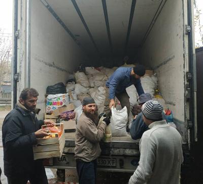 В Святогорскую Лавру прибыла очередная гуманитарная помощь из Винницы