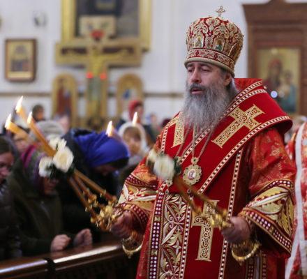 Митрополит Арсений возглавил Литургию в день памяти вмц. Варвары
