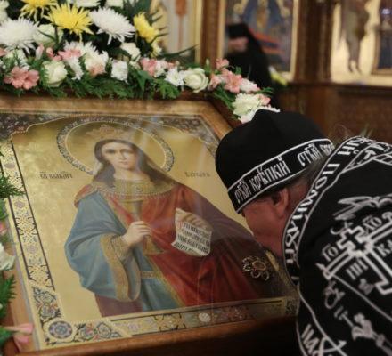 Наместник Святогорской Лавры совершил всенощное бдение в канун памяти вмц. Варвары