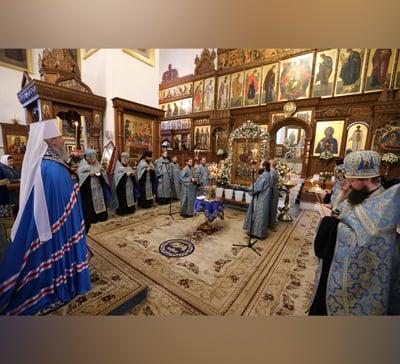 Митрополит Арсений совершил водосвятный молебен в Субботу Акафиста