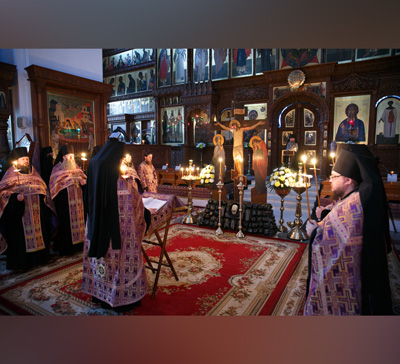 В Святогорской Лавре совершили «Мариино стояние» (фото,видео)