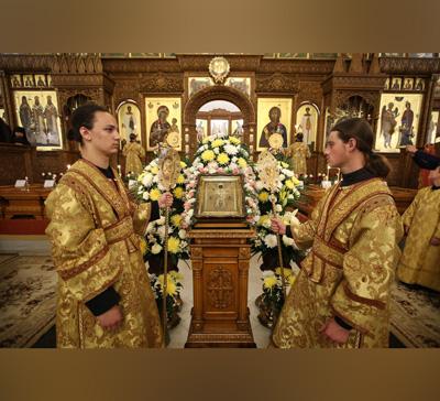 Праздничная всенощная в канун дня памяти святителя Николая (фото,видео)