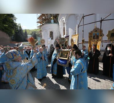 Святогорская Лавра торжественно отпраздновала Успение Божией Матери (фото)