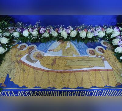 Богослужения накануне престольного дня Святогорской Лавры (фото,видео)