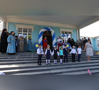 В с.Никольском Славянского р-на состоялось открытие школы Святогорской Лавры (фото)