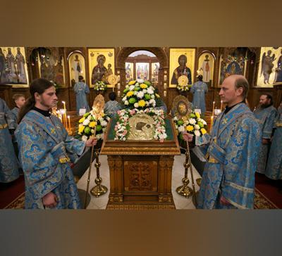 Полиелей Казанской иконе Божией Матери (видео)