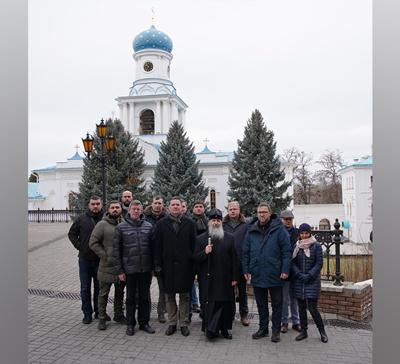 Посещение Святогорской Лавры делегацией послов стран Балтии и республики Польша (фото)