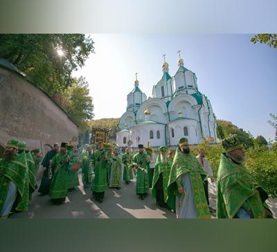 Собор преподобных отцов-святогорцев и20-летие освящения Успенского собора (фото,видео)