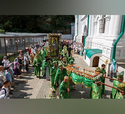 День памяти прп.Иоанна Затворника: 9 архиереев и220 священнослужителей возглавили торжества вСвятогорской Лавре (фото, видео)